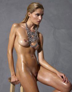 Rosie, jeune mannequin Hegre Art